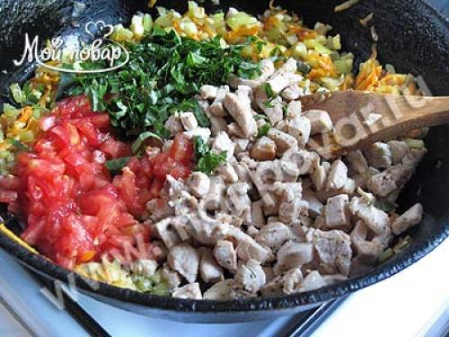 Лодочки из кабачков с курицей и рисом. Приготовление лодочек из кабачков, фаршированных курицей и овощами.