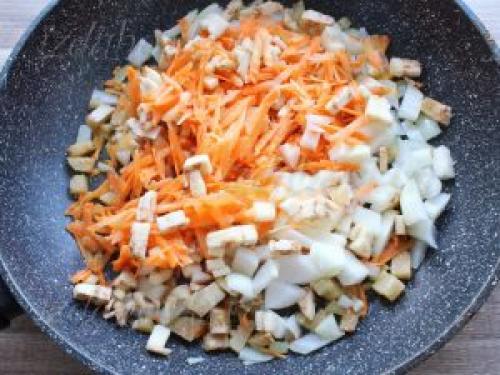 Лодочки из баклажанов в духовке. Рецепты лодочек из баклажанов в духовке