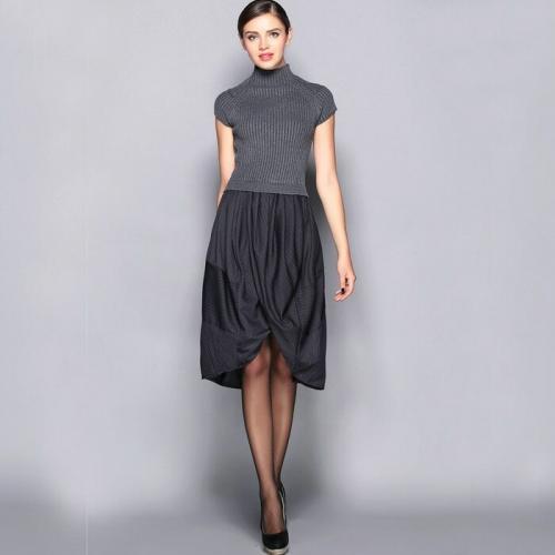 С чем носить теплые платья. Правила ношения тёплых платьев без рукава
