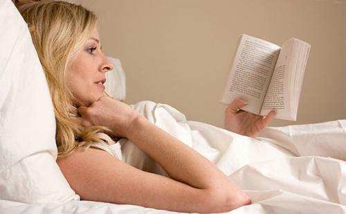 Как заснуть если проснулся среди ночи. Почему человек просыпается среди ночи и не может заснуть