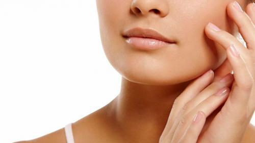 Маски отбеливающие кожу лица. Самые популярные ингредиенты масок, обладающие осветляющими качествами