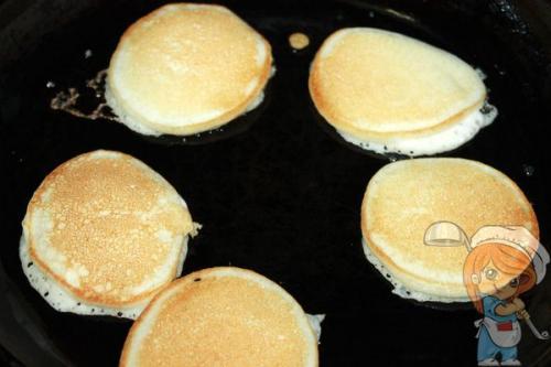Яблочные оладьи пп на рисовой муке. Оладьи из рисовой муки на кефире — без глютена. Полезный и безопасный вариант простой домашней еды!