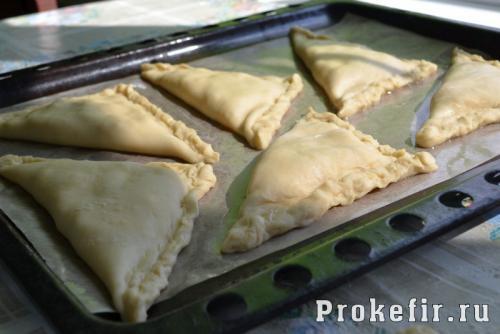 ПП-хачапури из творога с яйцом. Рецепт 5:слоеные хачапури с творогом и сыром