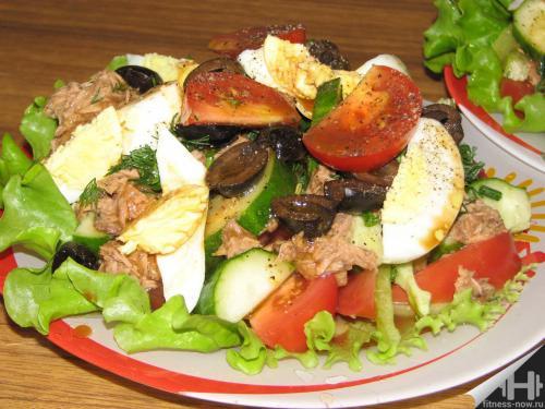 Салат с тунцом ПП на ужин с кукурузой. Пп-варианты салатов из тунца. идеально на ужин