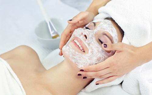 Маски от жирной кожи на лице. Домашние маски для жирной кожи лица