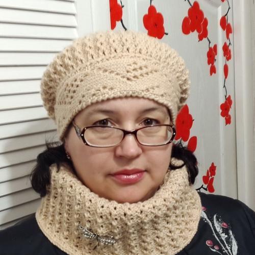 Интересное вязаные шапки для пожилых женщин. Как выбрать вязаную модель для женщины 50 лет