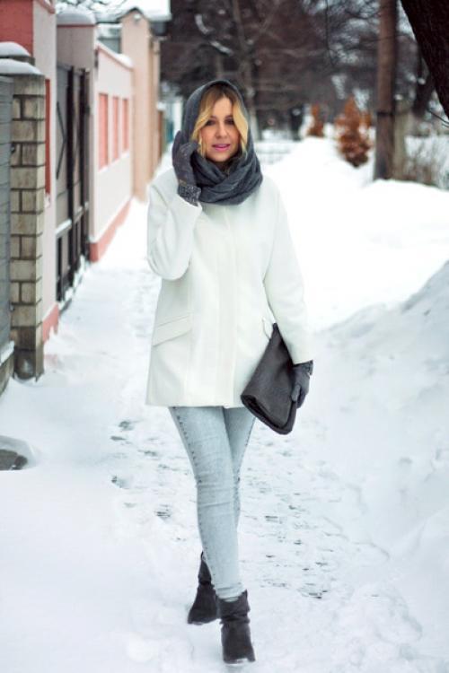 С чем носить джинсы зимой женщинам. Уместно ли зимой носить светлые джинсы