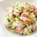 Очень вкусный и простой салатик.