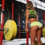 Базовые и изолирующие упражнения для различных мышечных групп.