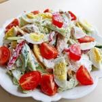 Топ - 4 полезных салатов на вечер!