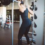 10 причин для силовой тренировки для девушки.