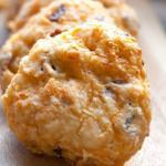 Творожное печенье. На 100 грамм - 153.
