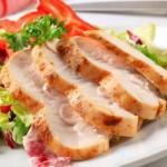 Куриная грудка, похожая на ветчину, приготовь на ужин.
