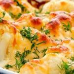 Цветная капуста с чесноком и сыром в духовке.