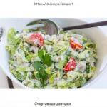 Салат с тунцом и овощами: можно даже на ночь!